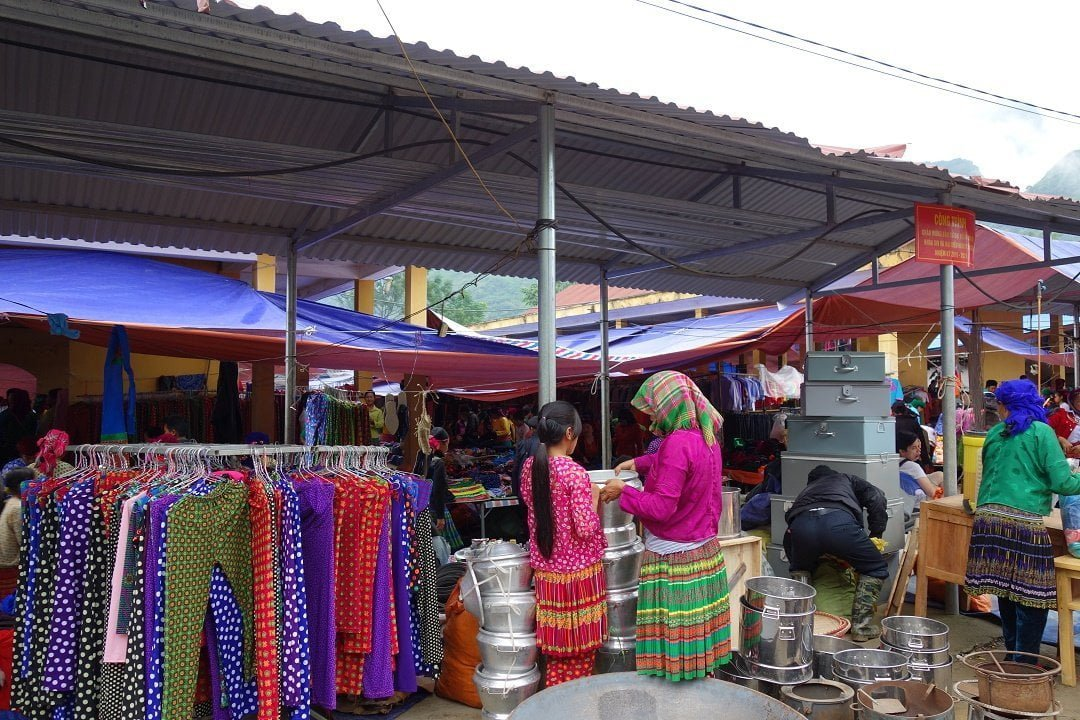 Du Gia Market - Ha Giang Loop - Vietnam - Ethnic minorities