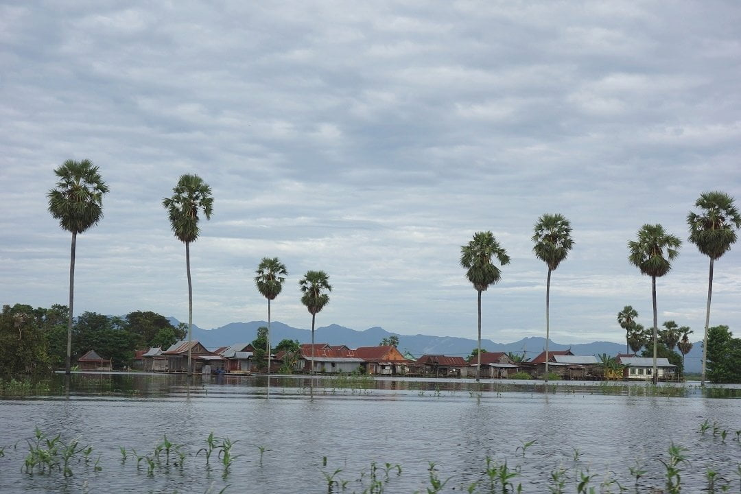 danau tempe, sulawesi, indonesia, flood, floating village