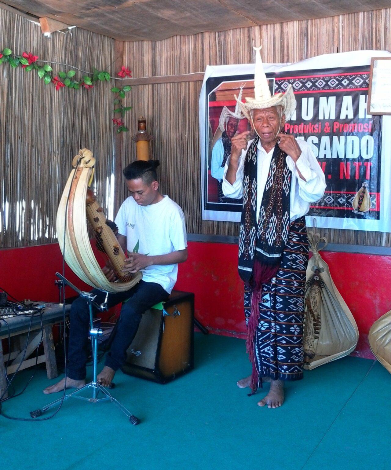 Sasando, Timor, Indonesia
