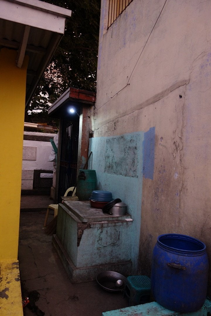 Outdoor kitchen in Manila North Cemetery