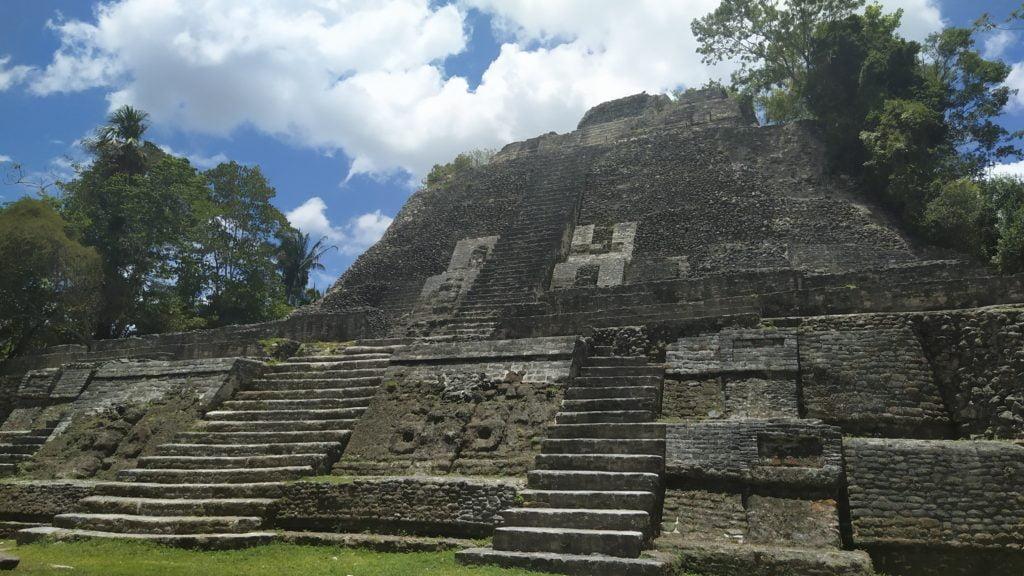 The high temple, maya pyramids, Lamanai, Belize
