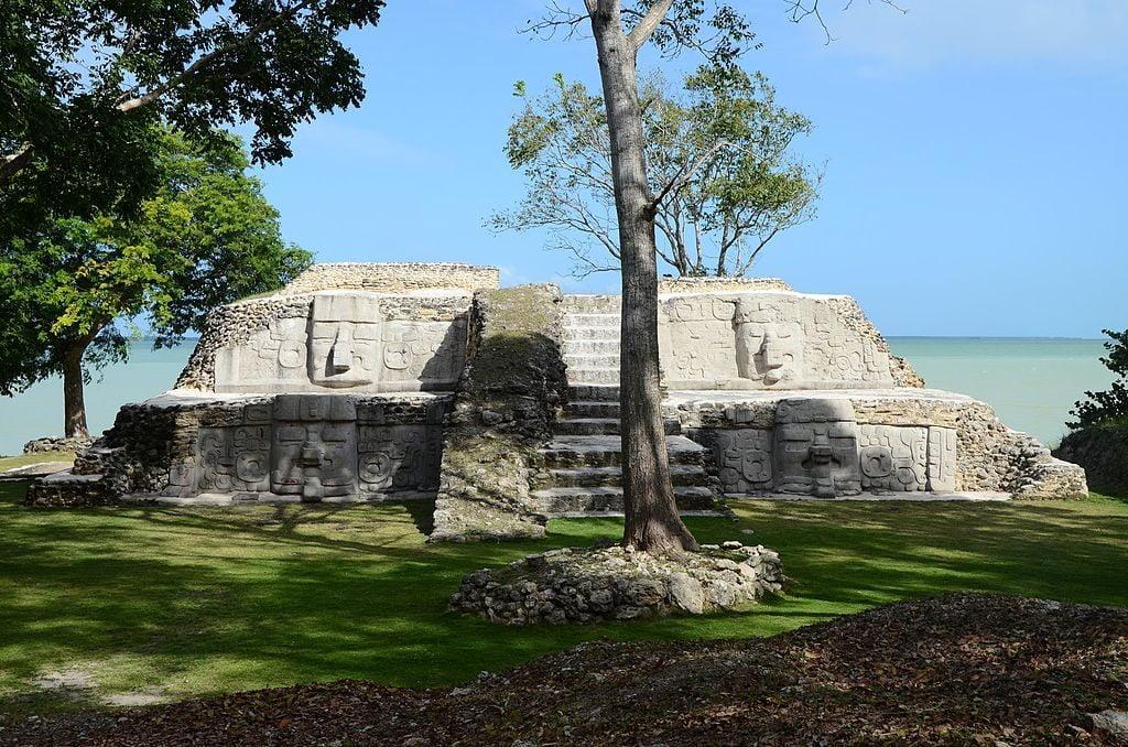 Cerros Ruins, Corozal, Belize