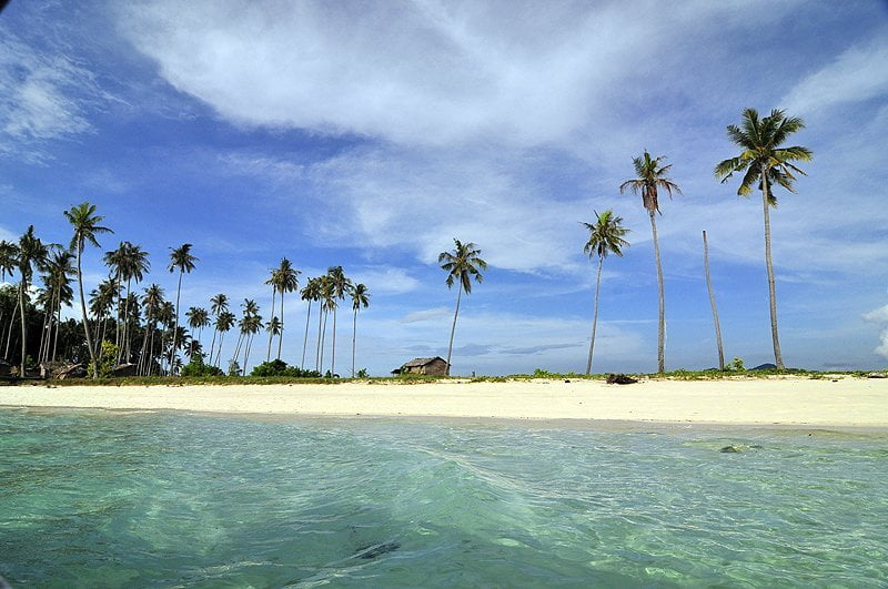 Tan Sakaran Marine Park
