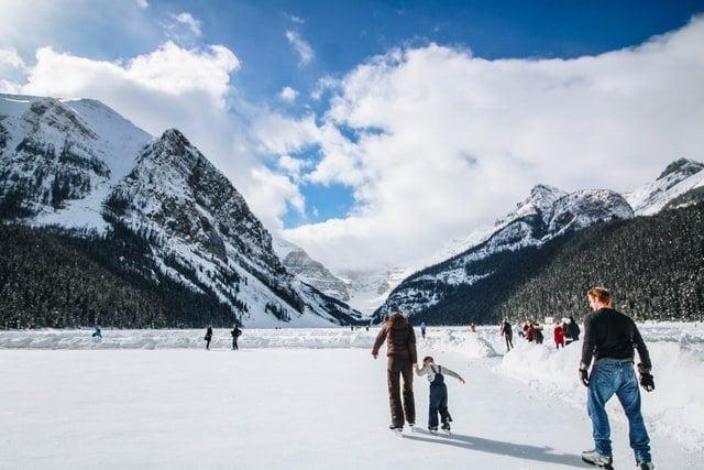 Ice skating in Banff, Winter activities