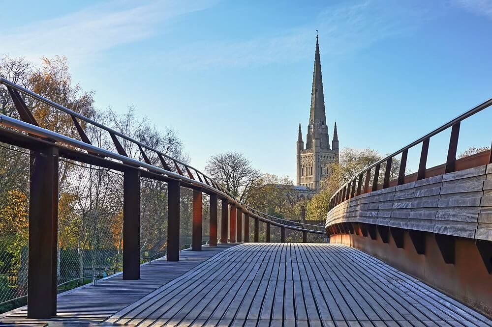 Norwich Cathedral from bridge